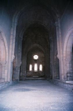 http://locusonus.org/documentation/img/REALISATIONS/AMBITUS/abbaye_1.jpg