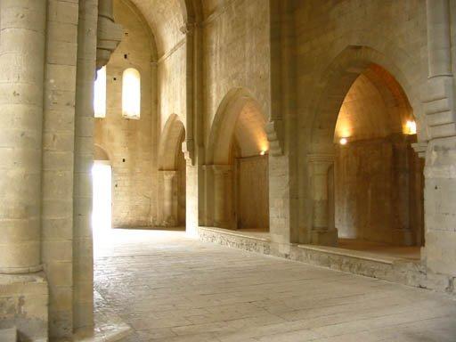 http://locusonus.org/documentation/img/REALISATIONS/AMBITUS/abbaye_2.jpg